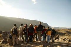 De groep van de excursie in de Andes Royalty-vrije Stock Fotografie