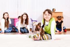 De groep van jonge geitjes Stock Afbeelding