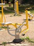 De grond van sporten in het park. De apparatuur van de geschiktheid. royalty-vrije stock foto's