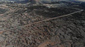 De grondoppervlakte bedekte bevroren lavasatellietbeeld met een laag stock videobeelden