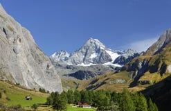 De Grossglockner-berg van het zuiden wordt gezien dat royalty-vrije stock foto