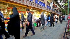 De Grote Bazaar in Teheran stock videobeelden