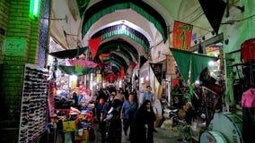 In de Grote Bazaar van Kashan, Iran stock footage
