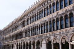 De grote bouw op piazza San Marco in Venetië, Italië royalty-vrije stock afbeeldingen
