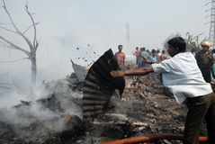 De grote Brand breekt in Krottenwijk Kolkata uit stock fotografie