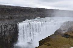 De grote Dettifoss-Waterval in het noordoosten van IJsland royalty-vrije stock fotografie