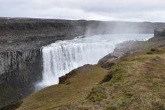 De grote Dettifoss-Waterval in het noordoosten van IJsland stock foto's
