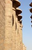 De grote Hypostyle Zaal van de Tempel van Karnak. Stock Afbeeldingen