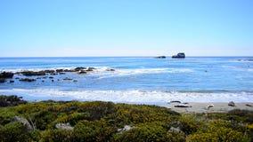 De grote Kustlijn van Sur Californië - Vreedzame Oceaan stock video