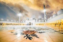 De Grote Moskee van Zayed van de sjeik Royalty-vrije Stock Afbeeldingen