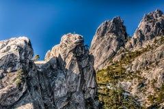 De grote over Torenhoge Rotsen van Kasteelsteile rotsen stock afbeelding