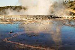 De grote Prismatische Lente bij het nationale park van Yellowstone, WY, de V.S. Royalty-vrije Stock Afbeeldingen