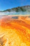 De grote Prismatische Lente in Yellowstone, Wyoming Stock Foto's