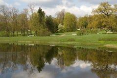 De grote vijver in het park van Catherine Stock Foto's