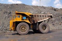 De grote vrachtwagens Stock Afbeeldingen
