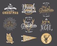De grote Vrolijke citaten van de Kerstmistypografie, wensenbundel Zonnestralen, lint en Kerstmis noel elementen, pictogrammen Nie Stock Fotografie
