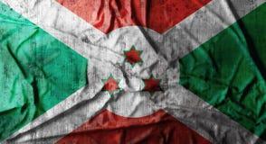 De Grunge verfrommelde vlag van Burundi het 3d teruggeven Stock Foto