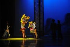 De Guangdong de lion de danse-Le acte d'abord des événements de drame-Shawan de danse du passé Photos stock