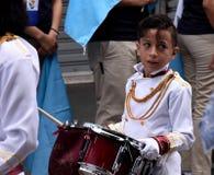 De Guatemalaanse jonge slagwerker van de schoolband Royalty-vrije Stock Afbeelding