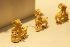 De guld- getterna arkivfoton