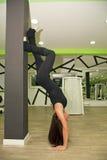 In de gymnastiek Stock Afbeeldingen