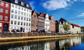 De härliga byggnaderna i Köpenhamnen, Danmark Arkivfoto