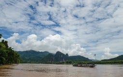 De härliga delarna av den Kong floden, Laos. Arkivfoton