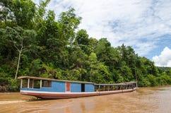 De härliga delarna av den Kong floden, Laos. Arkivbild