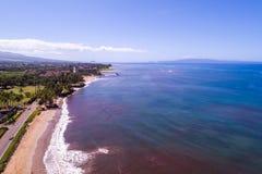 De härliga kusterna av Maui Hawaii arkivbild