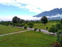 De härliga Trikuta bergen i Katra arkivbilder