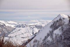 De höga bergen av Abruzzo fyllde med snö 0022 Royaltyfri Bild