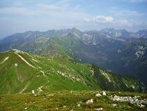 De högsta polska bergen efter storm royaltyfri bild
