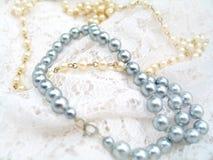 De Halsband van de parel Stock Foto's