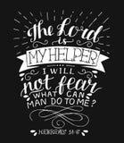De hand die met bijbelvers Lord van letters voorzien is mijn helper, zal ik niet op zwarte achtergrond vrezen vector illustratie