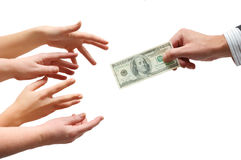 De hand die van de mens een munt geeft Stock Afbeeldingen