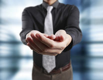 De hand en de holding van de mensenaanbieding Stock Fotografie