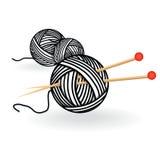 De hand getrokken bal van het schetsgaren met naalden voor het breien Vector zwart-witte uitstekende illustratie stock illustratie