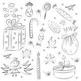 De hand Getrokken Grappige Schets van Krabbelkerstmis die met Suikergoed, Giften, Kaars, Sterren en Sneeuwvlokken wordt geplaatst stock illustratie