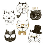 De hand getrokken inzameling van kattenhoofden Emotionele hipsters en de heren van gezichtenkatten Vector illustratie Stock Foto