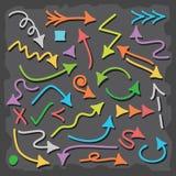 De hand getrokken kleurrijke geplaatste pictogrammen van de richtingspijl Stock Illustratie