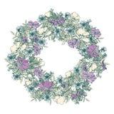 De hand getrokken kroon van de de zomer elegante en romantische grafische bloem met blauwe sleutelbloem Royalty-vrije Stock Afbeeldingen