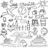 De hand getrokken schets van overzeese vectorillustratie cruisekrabbels van Reis en de zomerelementen, Royalty-vrije Stock Foto's