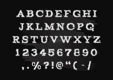 De hand getrokken vector, hoofdletters van het krijtalfabet vector illustratie