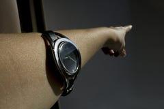 De hand met het horloge Royalty-vrije Stock Afbeelding