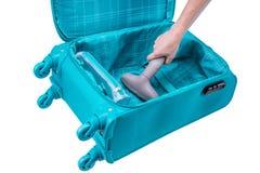 De hand vacuüm-maakt koffer schoon Stock Fotografie