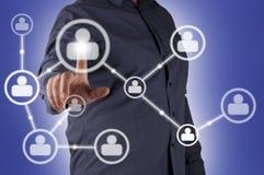 De hand van de mens het drukken het Sociale pictogram van het Netwerk Stock Fotografie