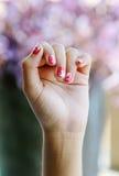 De Hand van de vrouw stock afbeelding