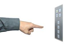De hand van de zakenman aan drukknop op lift stock foto