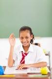 De hand van het schoolmeisje omhoog Royalty-vrije Stock Foto's