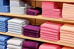 De handdoekvoorraad van de kleur Stock Afbeeldingen